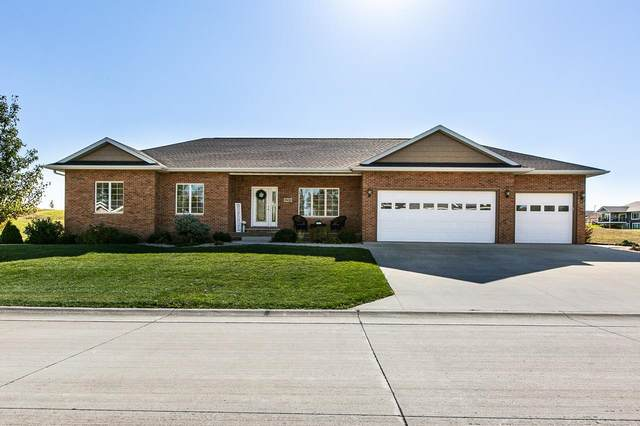 842 Amara Court, Peosta, IA 52068 (MLS #143543) :: EXIT Realty Dubuque, Dyersville & Maquoketa