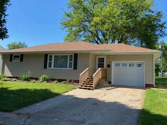 518 SE 6th Avenue, Dyersville, IA 52040 (MLS #142478) :: EXIT Realty Dubuque, Dyersville & Maquoketa