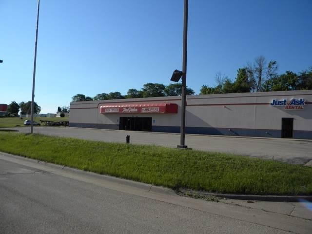 2100 Stone Hill Drive - Photo 1