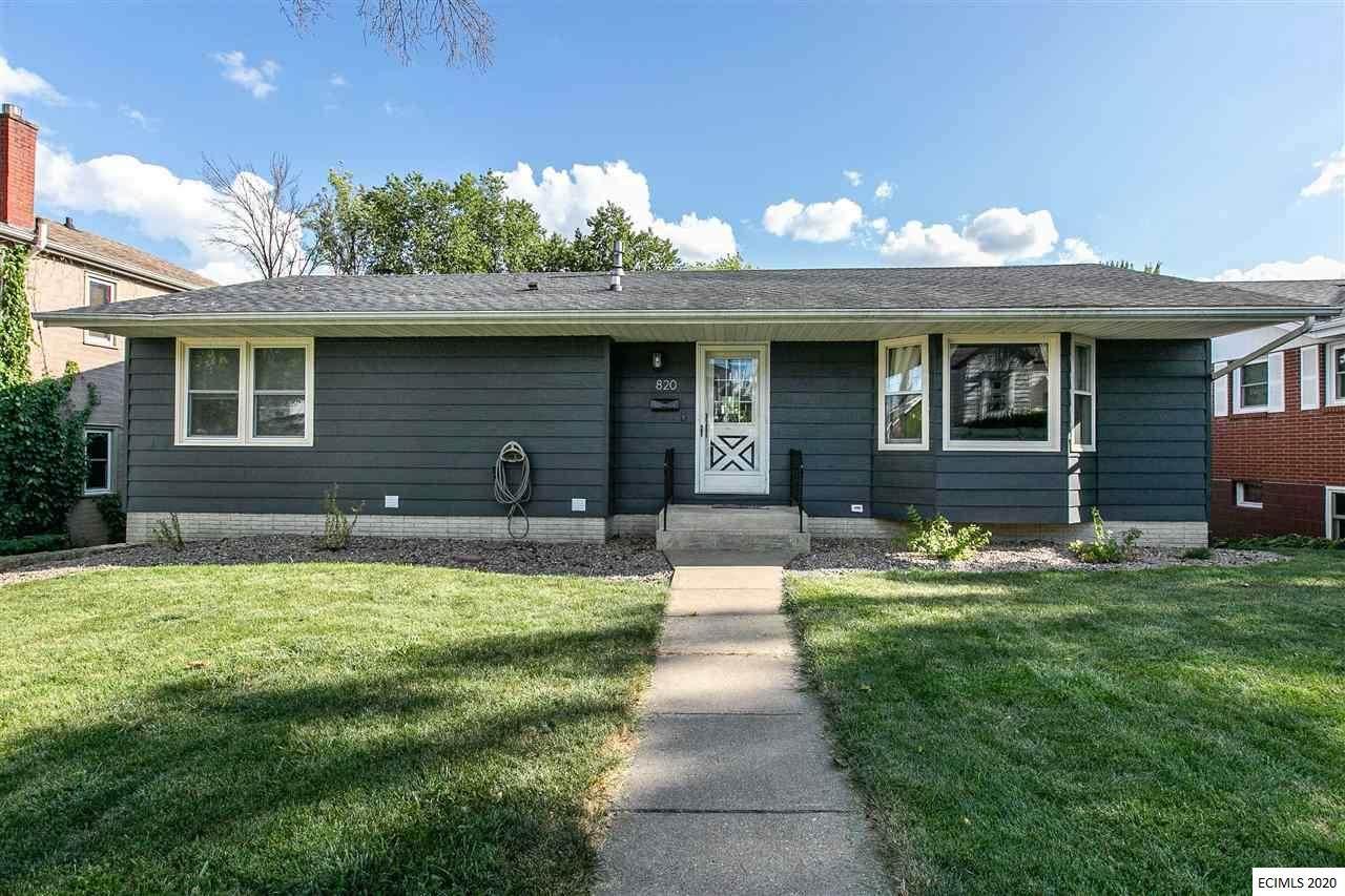 820 Cottage Place - Photo 1