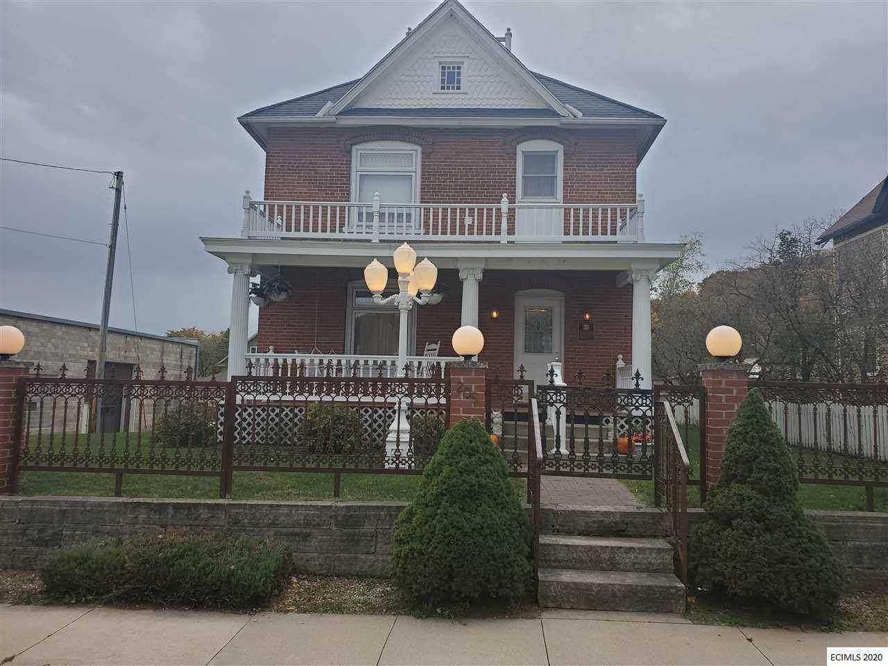 205 Bridge Street - Photo 1
