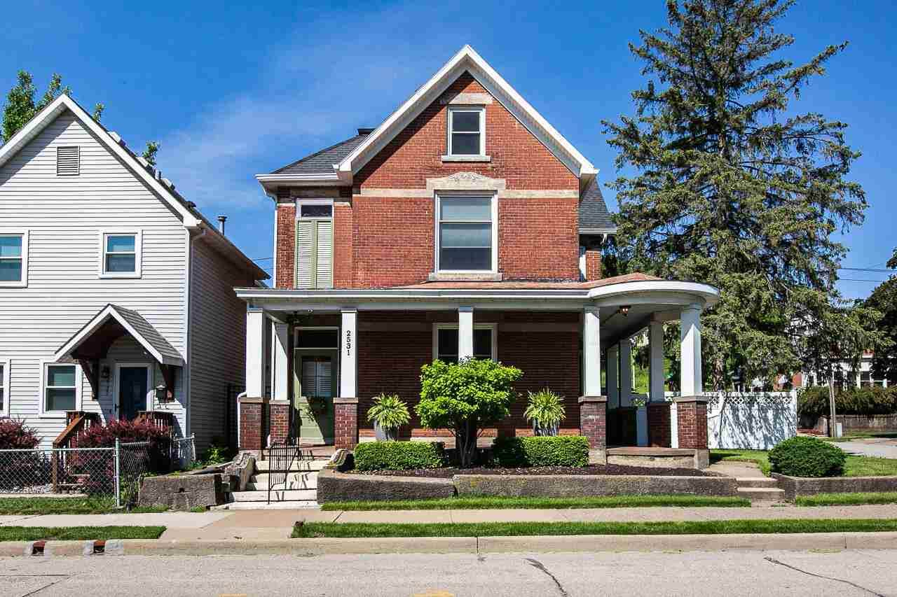 2531 Windsor Avenue - Photo 1