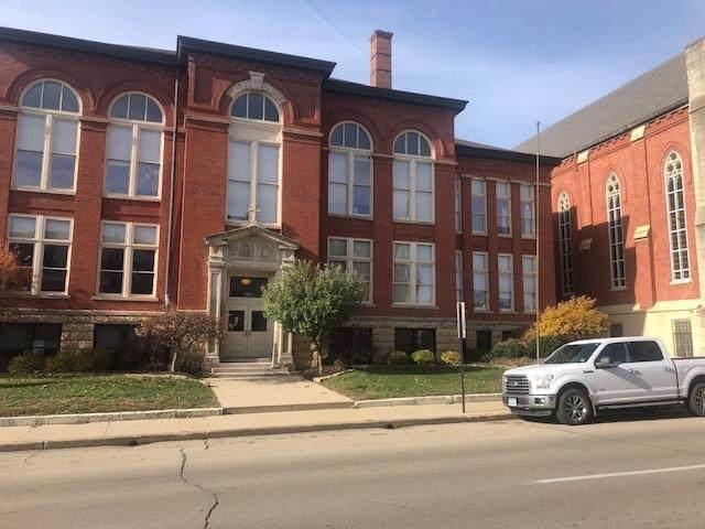205 Bluff Street - Photo 1