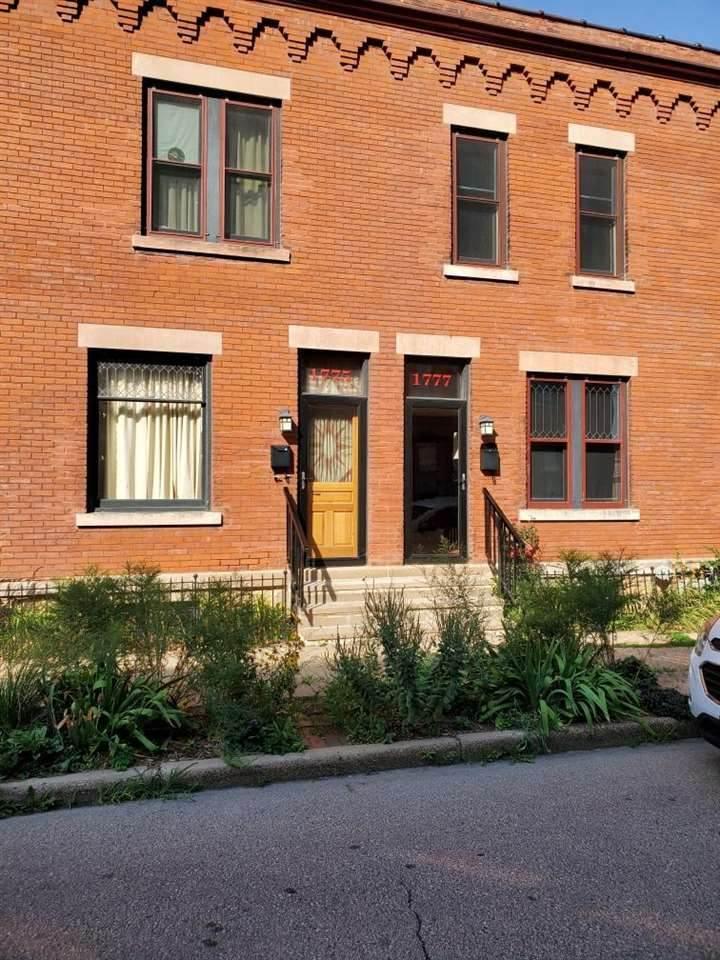 1777 Washington Street - Photo 1