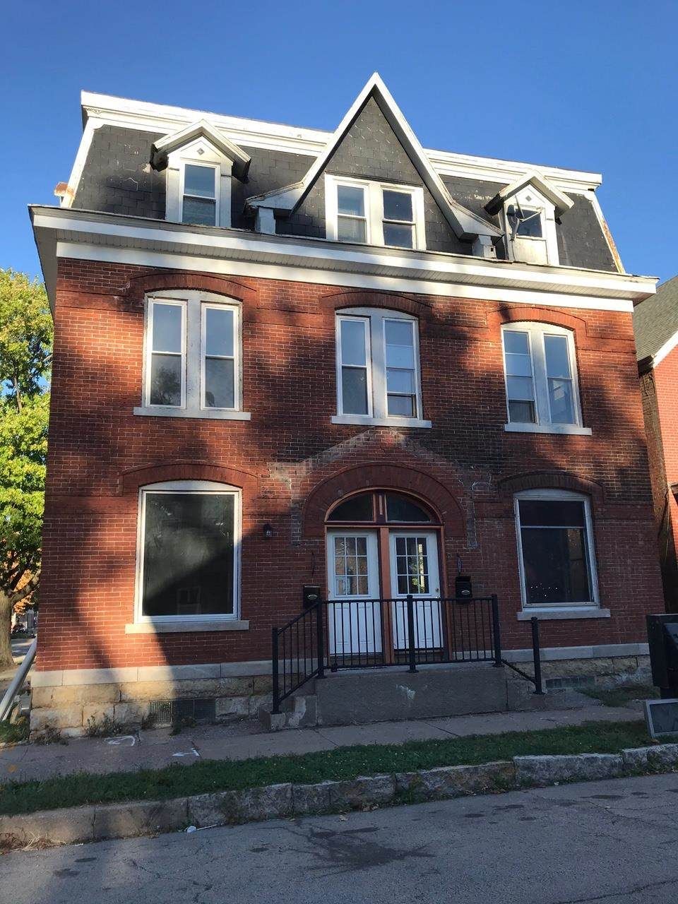 1494-1496 Jackson Street - Photo 1