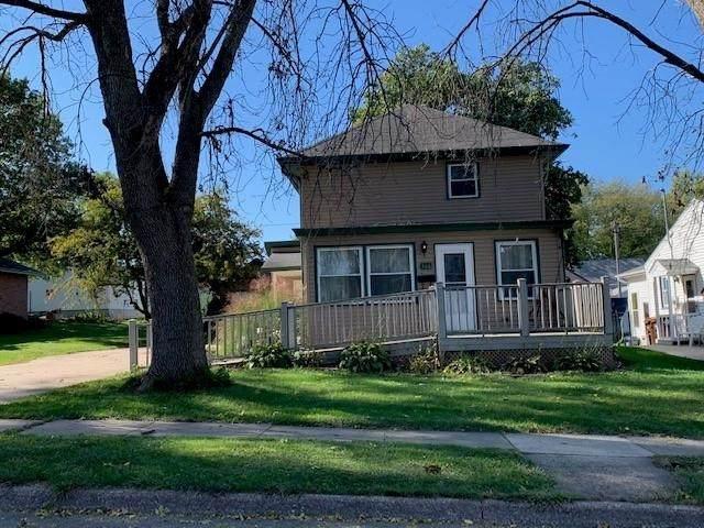 306 S Otto Street, Maquoketa, IA 52060 (MLS #143542) :: EXIT Realty Dubuque, Dyersville & Maquoketa