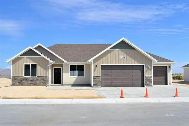 984 Eisenhower Avenue, Spring Creek, NV 89815 (MLS #3620241) :: Shipp Group