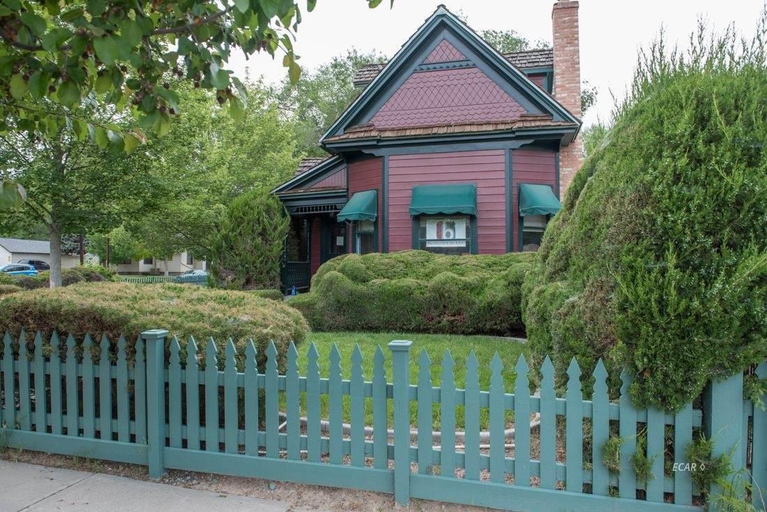 603 Pine Street - Photo 1