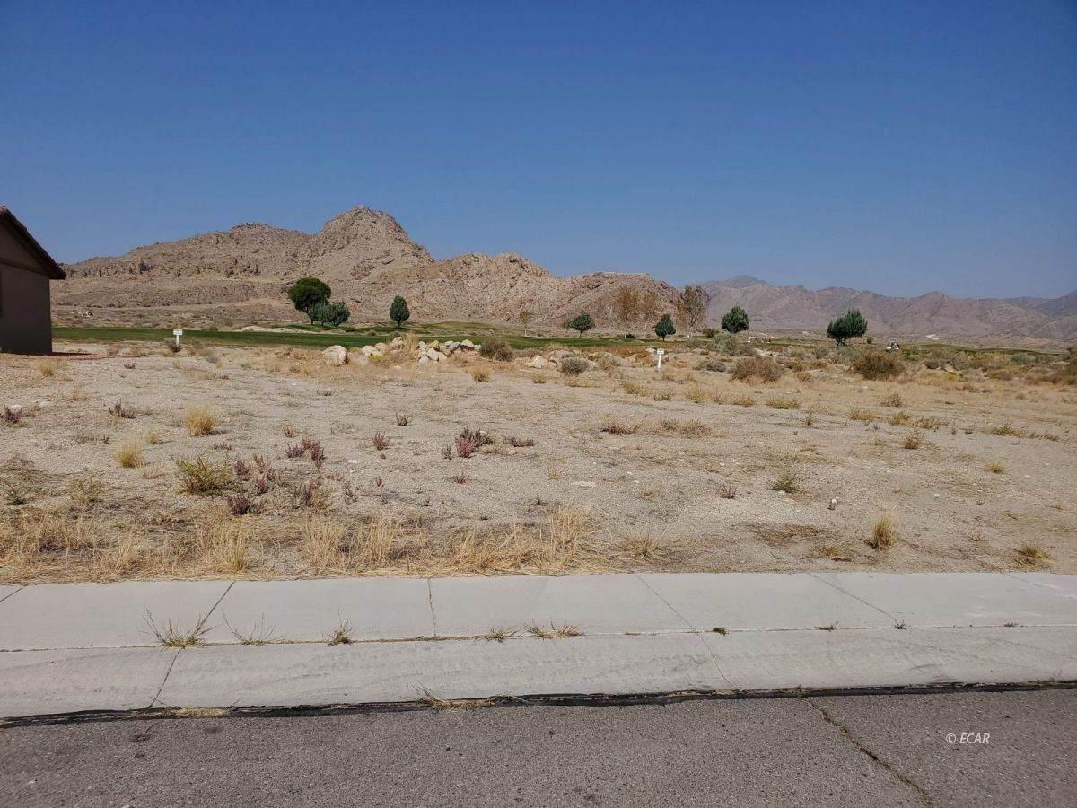 2982 Fairway View Drive - Photo 1