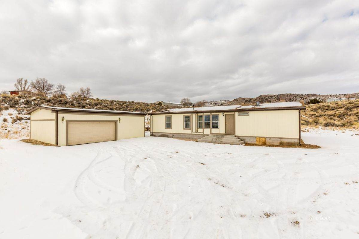 533 Spring Valley Parkway - Photo 1