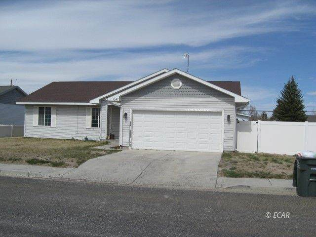 647 Castle Street, Wells, NV 89835 (MLS #3620354) :: Shipp Group