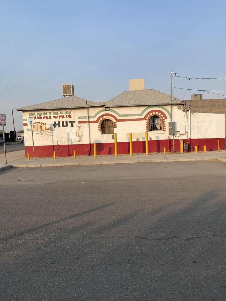 2100 Bassett Avenue - Photo 1