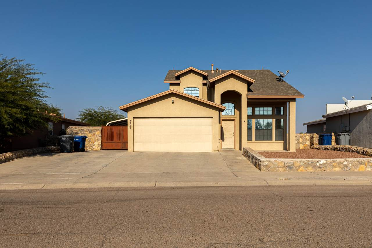 3252 Bell Point Drive - Photo 1