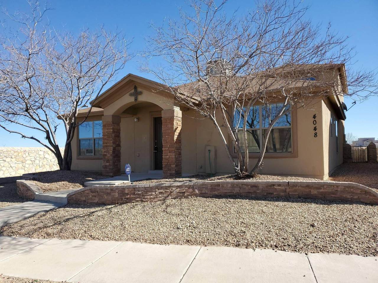 4048 Hueco Valley Drive - Photo 1
