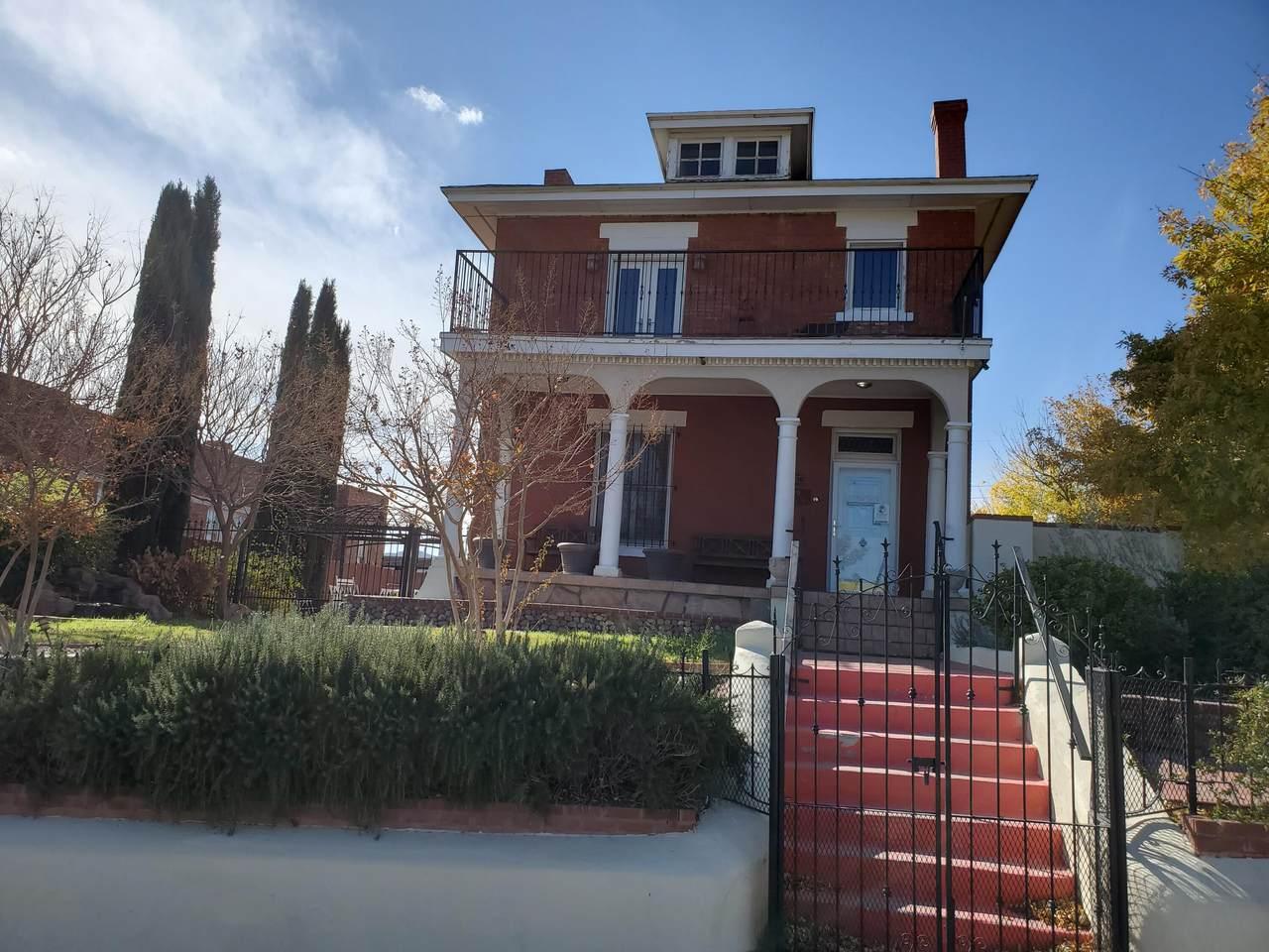 1119 Virginia Street - Photo 1