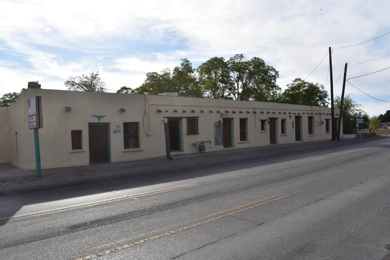 10300 Socorro Road - Photo 1
