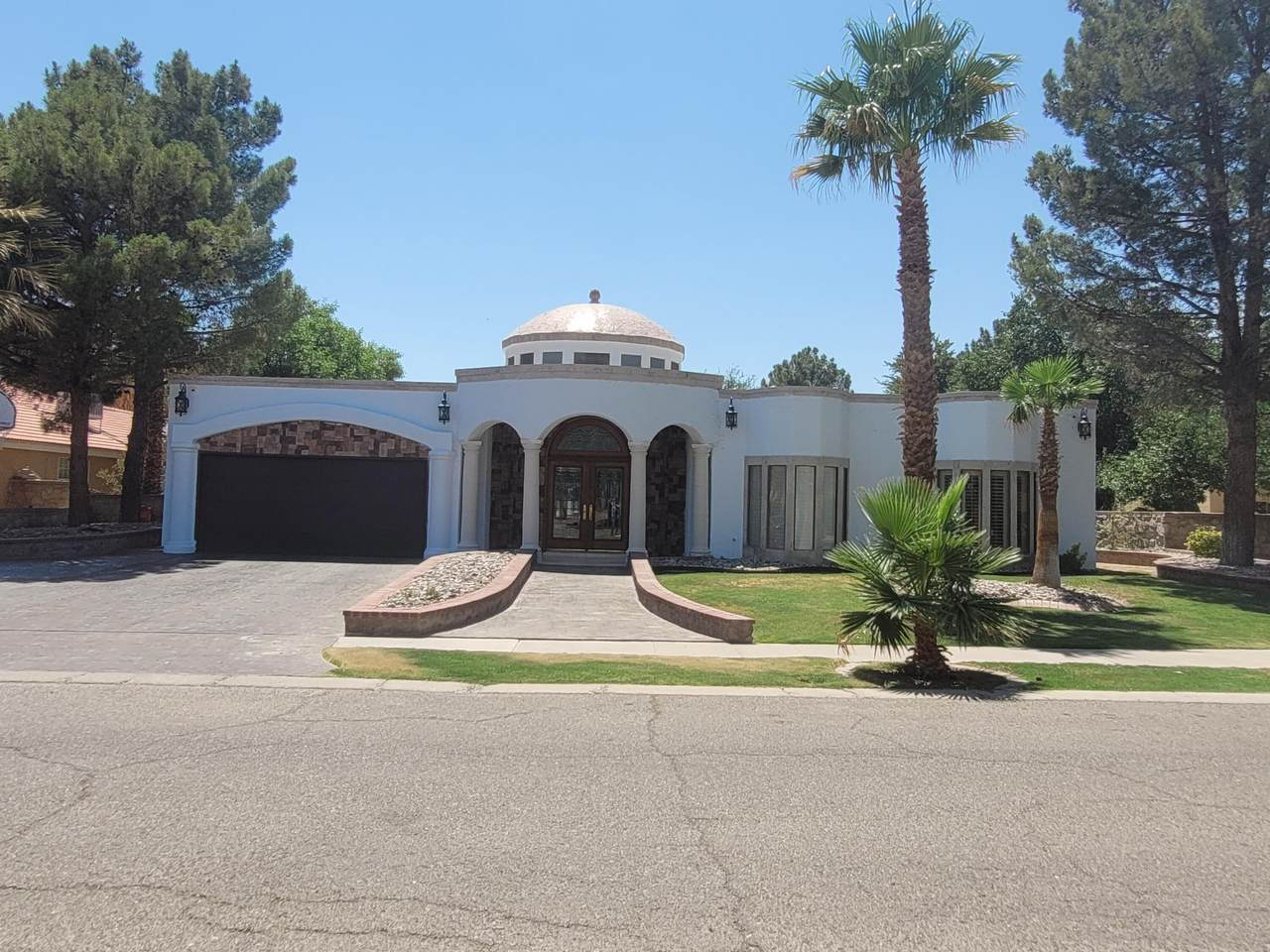 4601 Willow W Drive - Photo 1