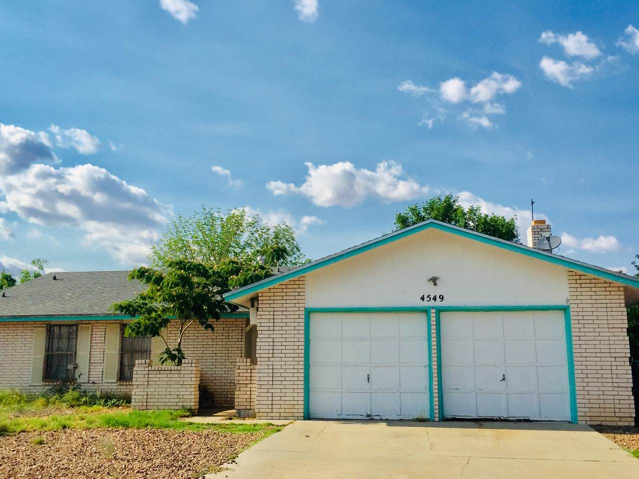 4549 Rutherford Drive - Photo 1