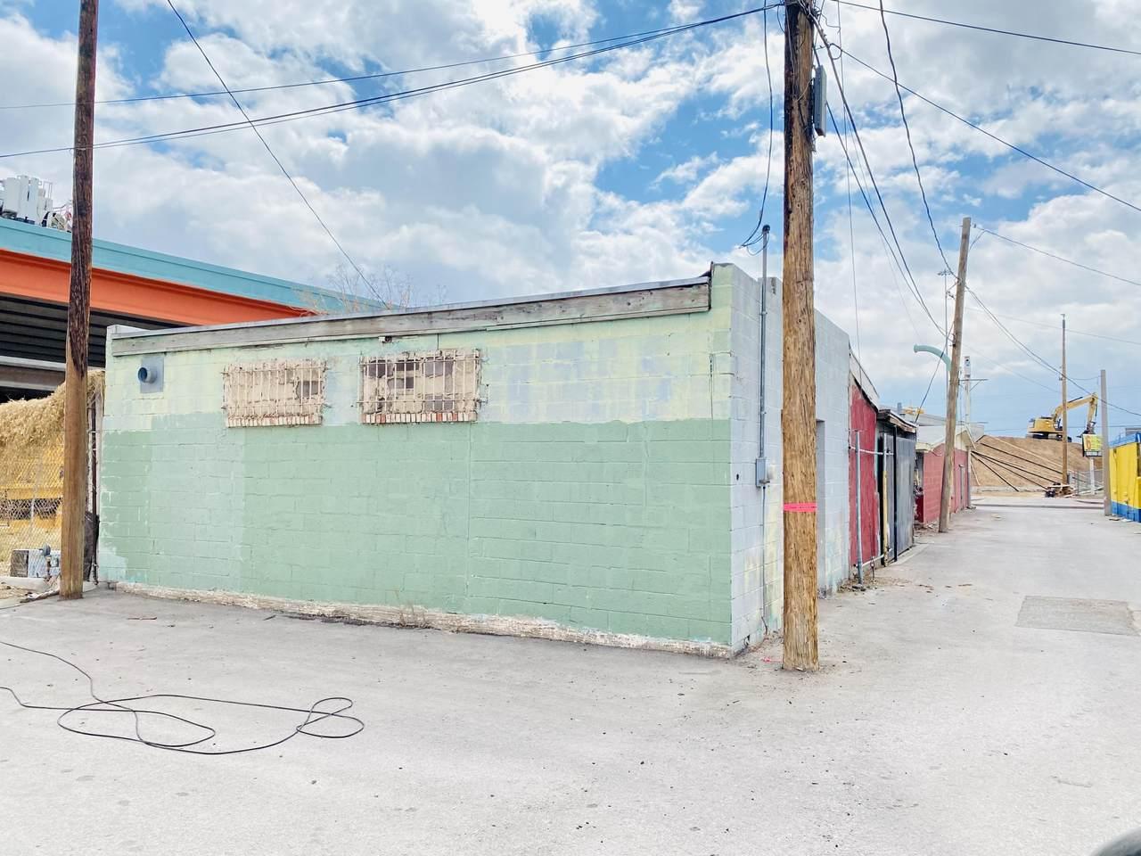 3905 Alameda Avenue - Photo 1