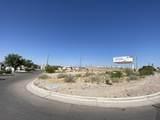 6251 Desert Boulevard - Photo 2