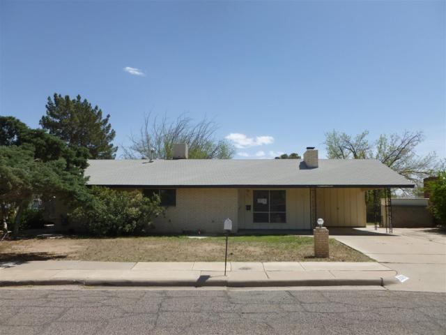 2021 Crescent Drive, Las Cruces, NM 88005 (MLS #806004) :: The Purple House Real Estate Group