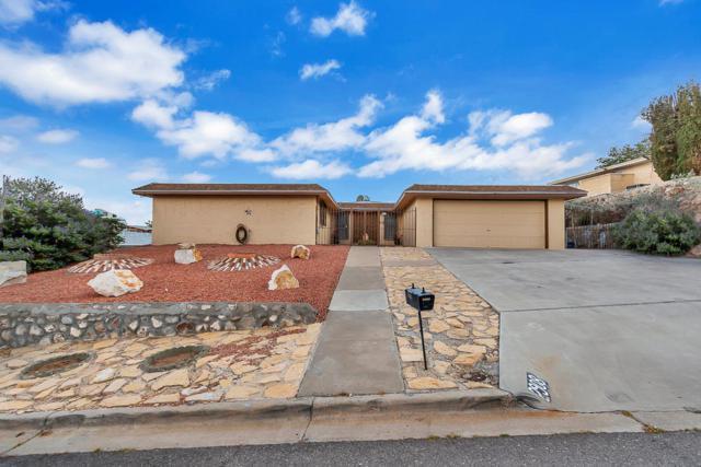 2908 Devils Tower Circle, El Paso, TX 79904 (MLS #809675) :: Jackie Stevens Real Estate Group