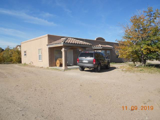 11300 De Lucio Road A, B, Socorro, TX 79927 (MLS #818461) :: The Purple House Real Estate Group