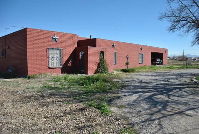 6444 Upper Valley Road, El Paso, TX 79932 (MLS #823643) :: The Purple House Real Estate Group