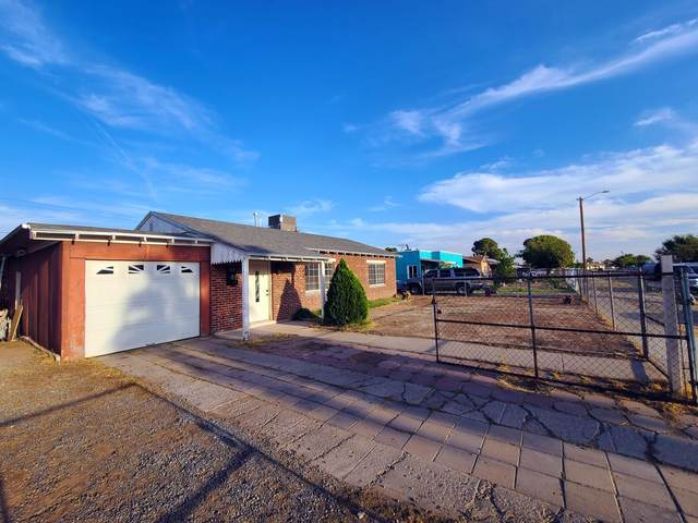 130 Edith Drive, El Paso, TX 79915 (MLS #835987) :: The Purple House Real Estate Group