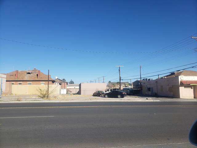 1212 N Copia Street, El Paso, TX 79903 (MLS #839210) :: The Purple House Real Estate Group