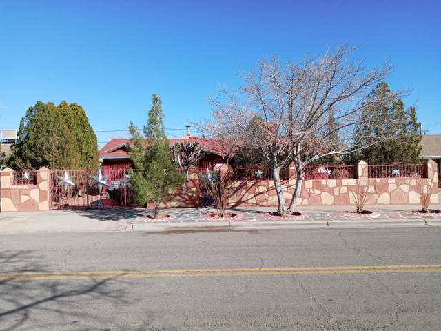 5717 Dearborne Drive, El Paso, TX 79924 (MLS #841454) :: The Purple House Real Estate Group