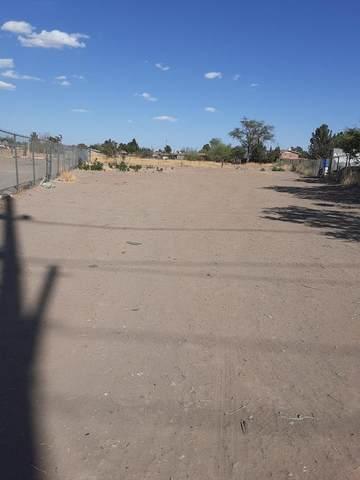 10197 Socorro Road, Socorro, TX 79927 (MLS #844093) :: The Matt Rice Group