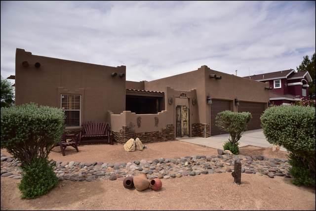 13804 Desert Highlands Lane, Horizon City, TX 79928 (MLS #846173) :: Jackie Stevens Real Estate Group