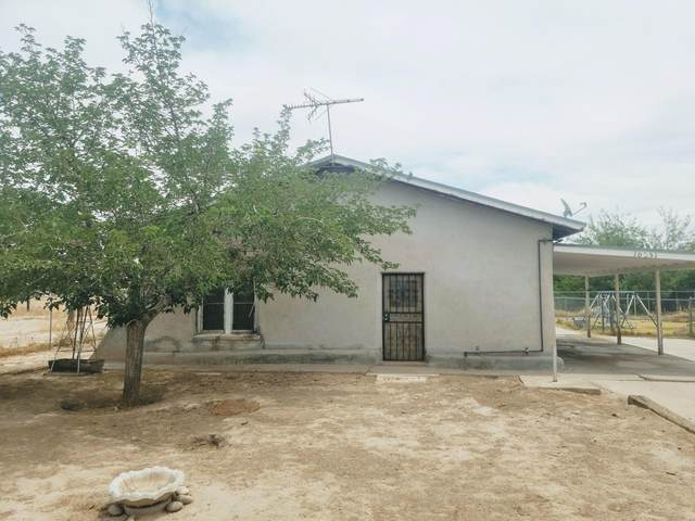 10551 Nicholas Road, Socorro, TX 79927 (MLS #846324) :: Summus Realty