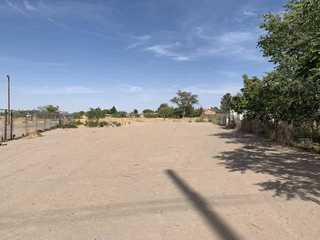 10197 Socorro Road, Socorro, TX 79927 (MLS #847103) :: Jackie Stevens Real Estate Group