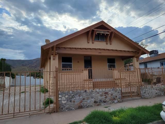 2905 N Piedras Street, El Paso, TX 79930 (MLS #849276) :: Red Yucca Group
