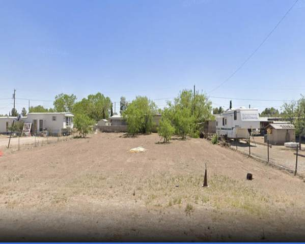 376 Carlin Road, Socorro, TX 79927 (MLS #849319) :: Red Yucca Group
