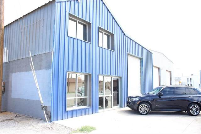 2001 E Paisano Drive, El Paso, TX 79905 (MLS #849562) :: Red Yucca Group
