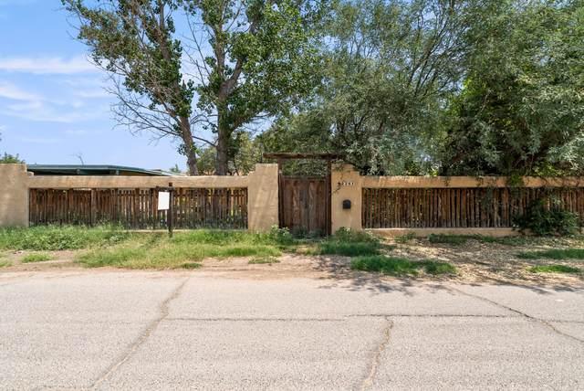 226 Hermosa Lane, El Paso, TX 79922 (MLS #850997) :: Jackie Stevens Real Estate Group