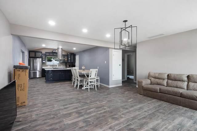 7671 Franklin Drive, El Paso, TX 79915 (MLS #851479) :: Jackie Stevens Real Estate Group