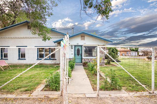 1624 Vinton Road, Anthony, NM 88021 (MLS #851642) :: The Purple House Real Estate Group