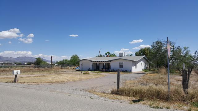 894 Gato Road, El Paso, TX 79932 (MLS #806918) :: The Purple House Real Estate Group