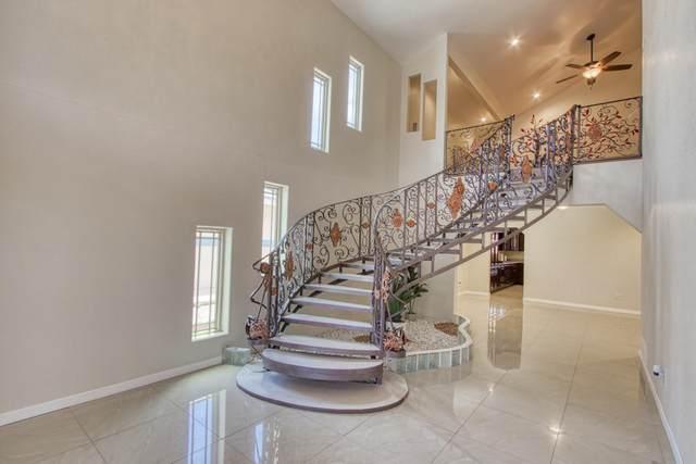329 Via Cumbre Linda Circle, Horizon City, TX 79928 (MLS #837657) :: The Purple House Real Estate Group