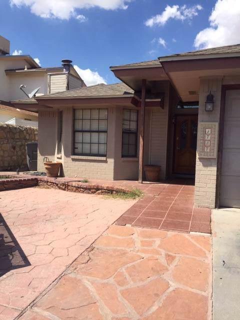 1787 Judith Resnik Drive, El Paso, TX 79936 (MLS #815802) :: Preferred Closing Specialists