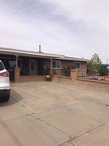 5725 Wren Avenue, El Paso, TX 79924 (MLS #816513) :: Preferred Closing Specialists