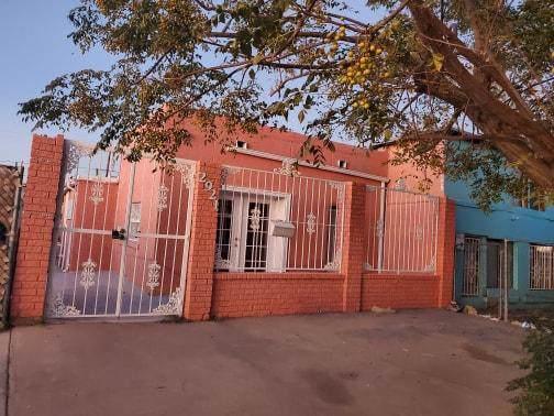 2921 E E. San Antonio Ave Avenue, El Paso, TX 79905 (MLS #818936) :: Preferred Closing Specialists