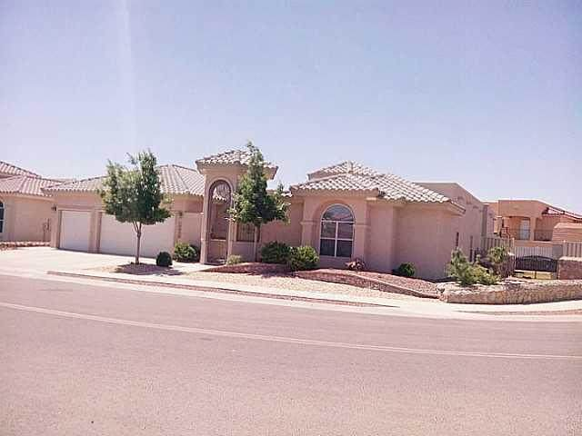 12928 Fire Fighter, El Paso, TX 79938 (MLS #834717) :: Preferred Closing Specialists