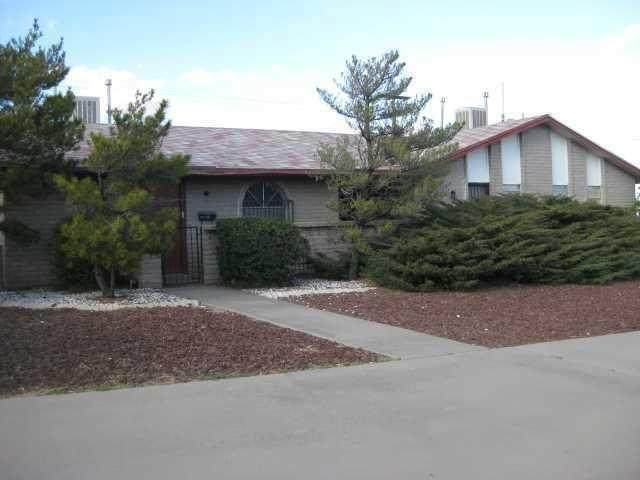 4555 Sun Valley Drive - Photo 1