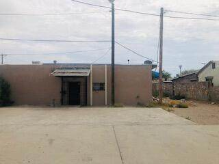 310 Dodge Road, El Paso, TX 79915 (MLS #841525) :: The Purple House Real Estate Group