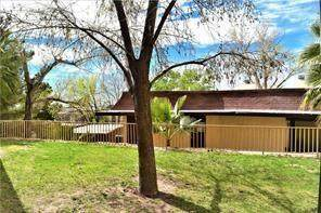 425 Irondale F, El Paso, TX 79912 (MLS #847735) :: Red Yucca Group